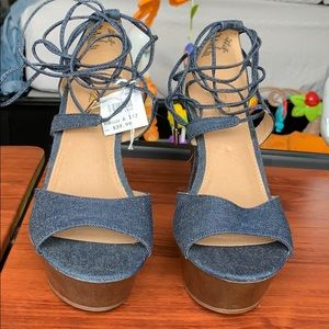 NWT Brash Denim&Wood Mix Ankle Strap Heels